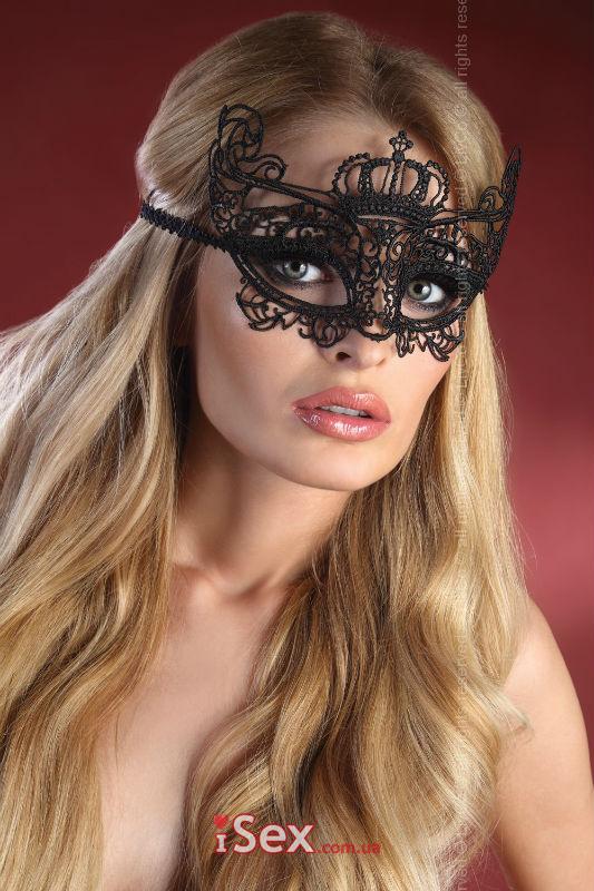 Ажурная маска для соблазна